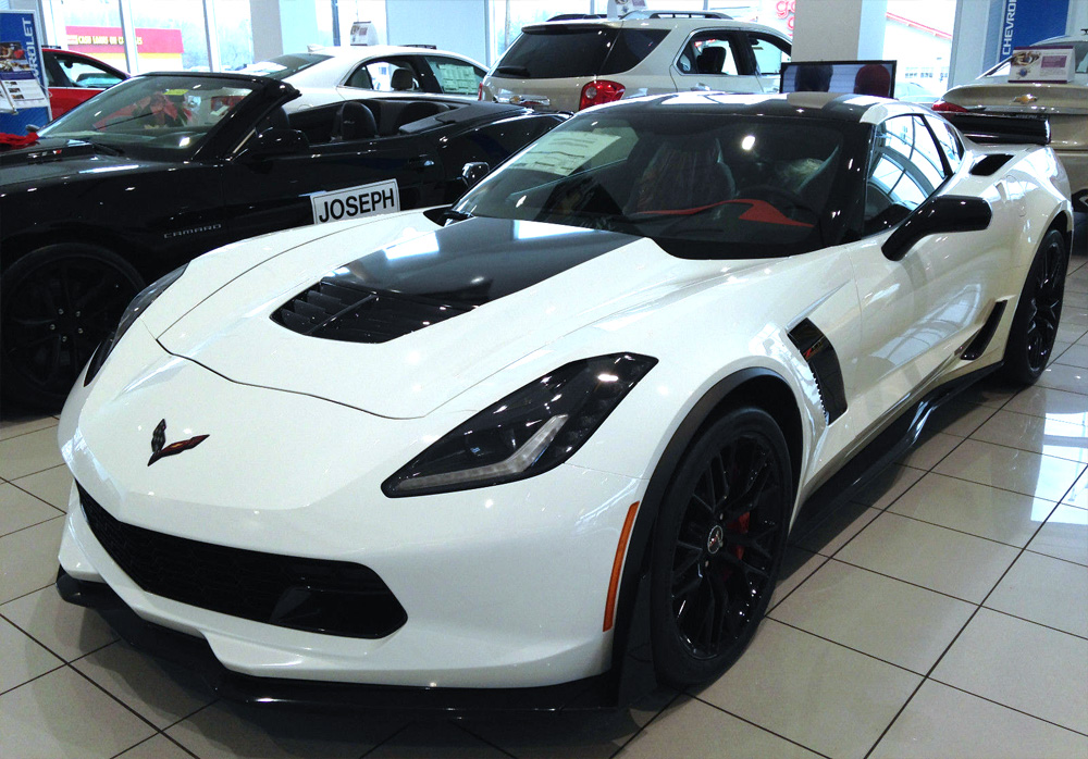 corvette-z06-white-red