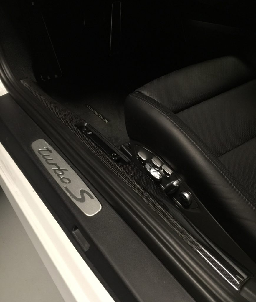 carbon-fiber-sill-991-turbo